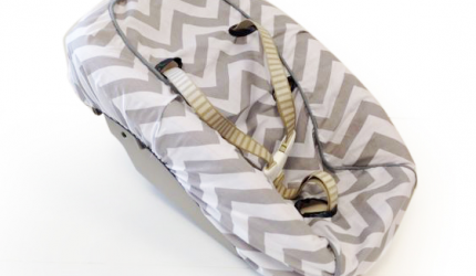 newbornhoes-stokke-chevron-grey