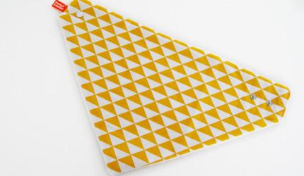 kwijlsjaal-oker triangel